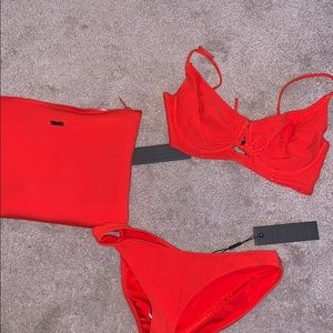 TRIANL SWIMSUIT BRAND NEW/NEVER WRON